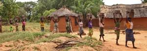 Tourisme solidaire Bénin - retour avec les cuiseurs économes en bois