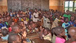 Tourisme Voyage Solidaire Bénin - Classe du CI