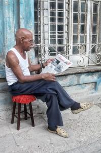 Voyage à Cuba - Lecteur à La Haavane