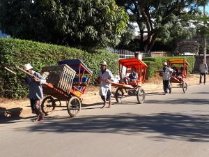 voyage équitable à Madagascar - cyclo-pousse Antsirabe