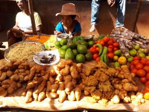 Voyage équitable à Madagascar - marché à Isorana