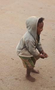 Tourisme solidaire à Madagascar - enfant à Isorana