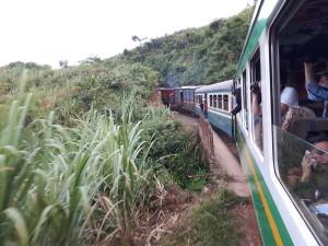 voyage équitable à Madagascar - Train FCE