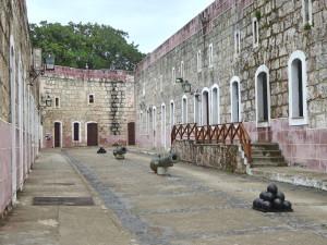 Tourisme de rencontre à Cuba - forteresse San Carlos