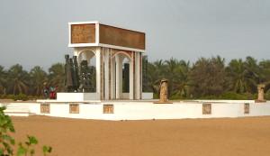 Esclavage - Ouidah (La Porte du Non-Retour depuis l'Océan)