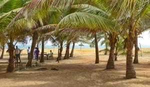 Voyage solidaire Bénin - auberge au bord de l'océanGrand-Popo