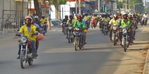 Voyage solidaire Bénin - Circulation de zems à Cotonou