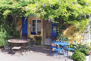 Ventoux - Villes s Auzon (La Sarrazine)